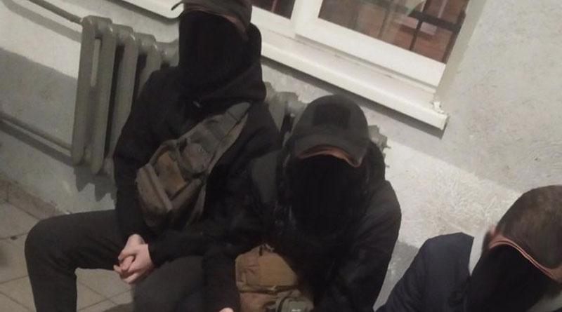 У Львові юнаки видавали себе за контролерів, щоб не платити за проїзд